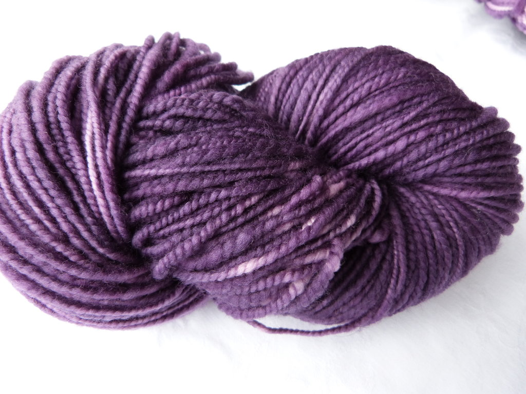 Superwash-Merino-Wolle in Bombeertönen ca. 100g